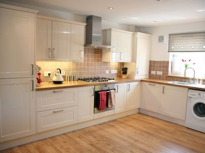 Stirling & Falkirk area cottage rental - Fully equipped kitchen