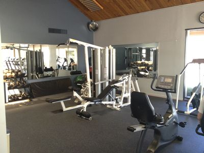 full gym and workout facility in clubhouse