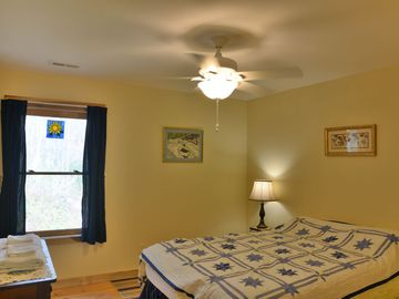 Bat Cave LODGE Rental Picture