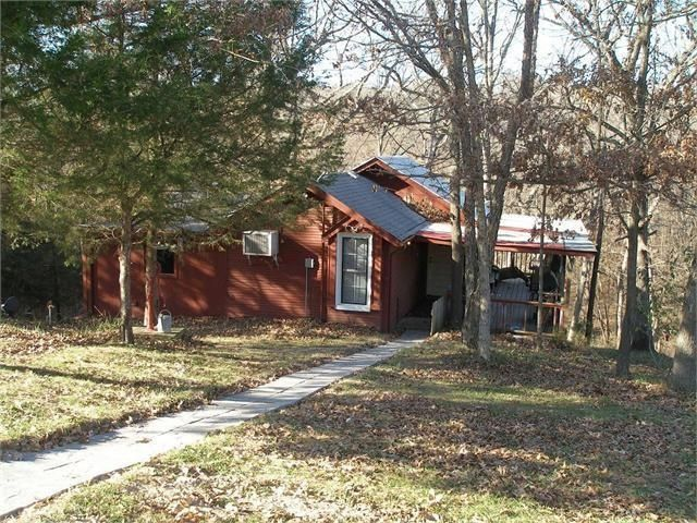 Secluded Quiet 2br 1bath Cabin In The Woods Vrbo