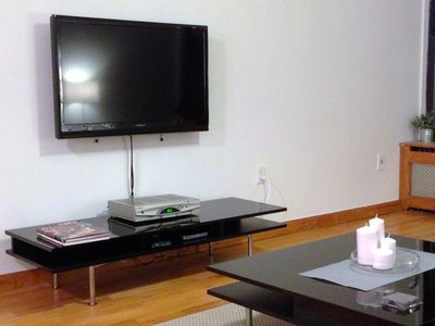 "Upper West Side apartment rental - 39"" HD TV"