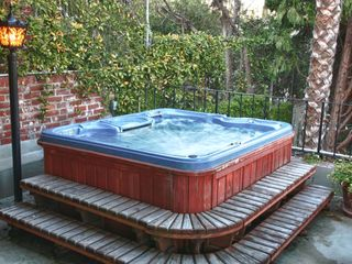 Los Feliz Hills studio photo - 6 person jacuzzi