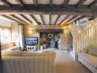 A beautiful, traditional Cotswold stone cottage, in the heart of Chipping Norton
