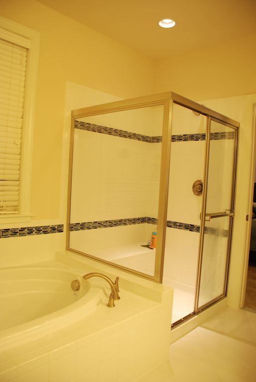 Master Bath with shower and tub and separate bath.