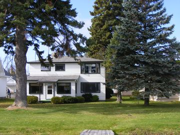 Petoskey cottage rental - Welcome to the CLC! 2800 sq foot updated 4 bdrm 3 full bath that sleeps 12!