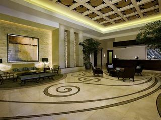 Las Vegas hotel photo - One Of The Three Lobby Areas