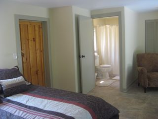 Wytheville farmhouse photo - A comfortable and private suite is available in the Cottage