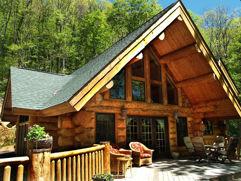 Unique colorado style log cabin amazing homeaway boone for Colorado log home plans