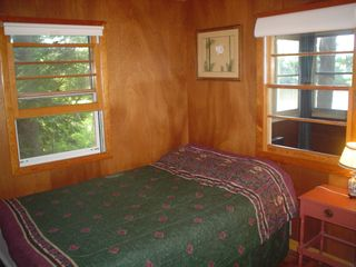 Lake Winnisquam cottage photo - 2nd Bdrm. Full