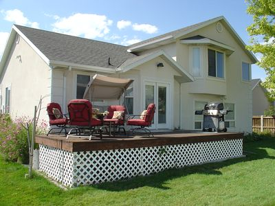 Provo house rental - Enjoy a backyard barbeque