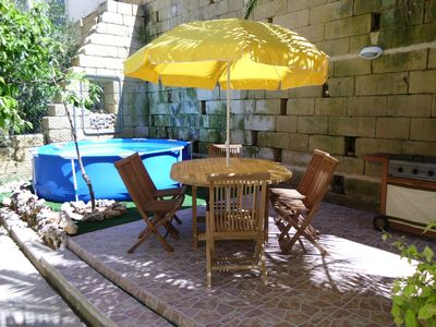 Splash Pool, Garden Furniture, Barbeque