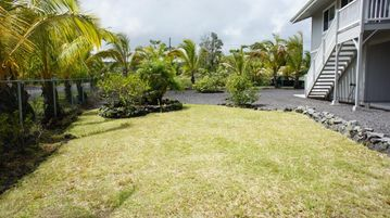 Side lawn - The side lawn of Hau'oli Hale is the perfect place to lay out and enjoy the Hawaiian sun.