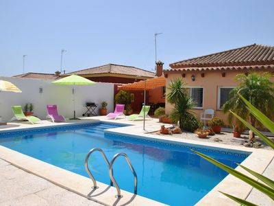 big holiday house with nice pool area close to the sea
