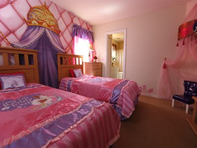 Princess themed twin bedroom with Princess Throne- ideal for that photoshoot