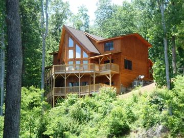 Waynesville house rental - Welcome to Whispering Winds!