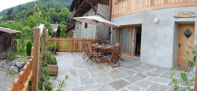 Apartment in chalet 400m from the village