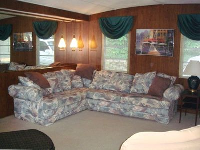Living Room w/Sleeper Sofa