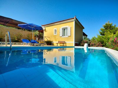 House with character and private swimming pool