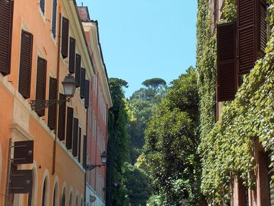Trastevere area apartment rental