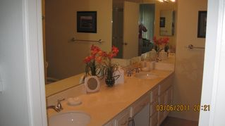 Rancho Mirage condo photo - master bath