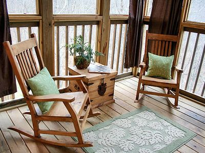 Cozy and Secluded Screened in Back Deck