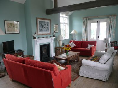Country cottage near Canterbury, shared use of tennis court & pool, dog friendly