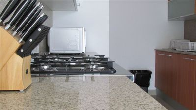 Panama City apartment rental - Brand new silerwear, granite countertops, stainless steel fridge