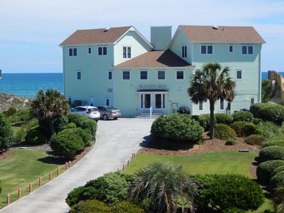 Affordable Family-Friendly Beachfront with Breathtaking Views