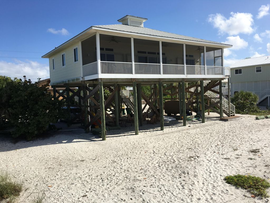 Ibis Landing Beach House...Directly on the...