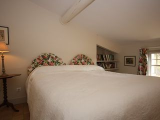 Aix-En-Provence house photo - spare king /twin bedroom