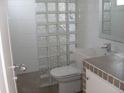 Wet room of apartment 'Y'