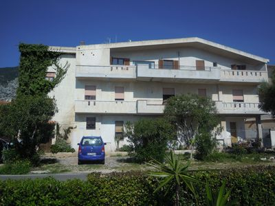 apartment in a house with familiary character view see near beach