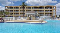 St Pete Beach Beachfront Condo With 2 Pools, 3 Hot Tubs JANUARY SPECIAL!!!