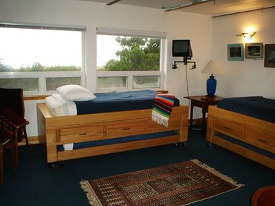 Second bedroom sleeps 4 in custom trundle beds