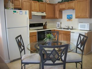 Gulf Shores condo photo - Fully Equipped Kitchen!