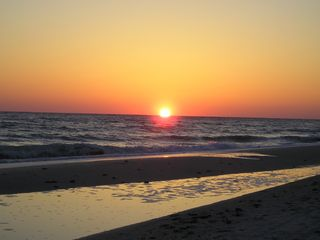 Sanibel Island condo rental - Sunset on Bowman's Beach