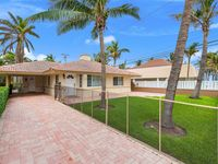 Italian-Style 2BR Lauderdale Beach House w/ Pool & Spa Steps to Ocean