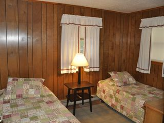 Brant Lake cabin photo - Twin Beds in 3rd Bedroom.