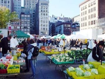 Neighborhood, Union Square Farmers Market, 14th St (6 Blocks away)