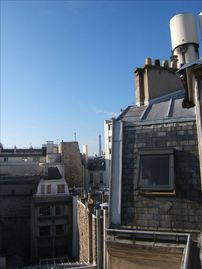 Quiet Studio Steps Away from Champs Elysees with A/C - view of the eiffel tower from the studio