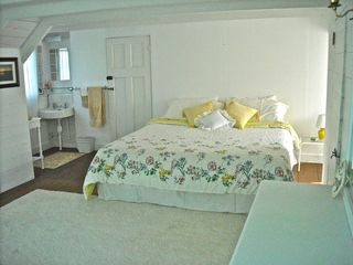 Oak Bluffs house photo - King Bedroom upstairs - with pedestal sink