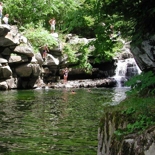 Enjoy a swim in a cool mountain stream at nearby Bristol Falls