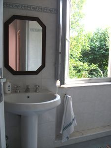 Coreglia Antelminelli house rental - Another bathroom