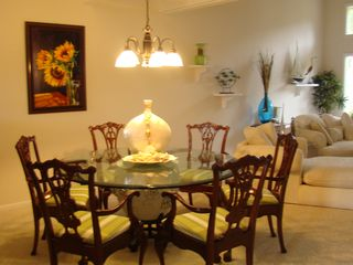 Ponte Vedra Beach condo photo - Dining area should you desire to entertain