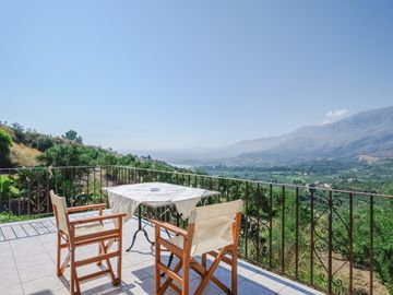☀️ Astrostudio 1 ☀️ Apartment with isolated balcony. Sea and mountain view