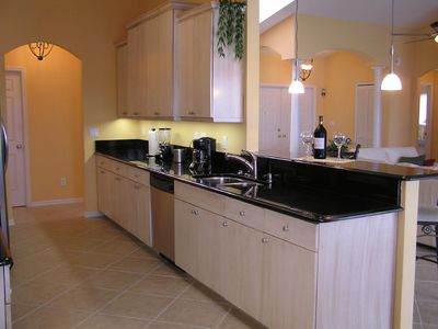 Cape Coral villa rental - open kitchen with Granit, stainless appliances