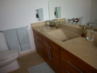 Zihuatanejo condo photo - Marble Master Bathroom