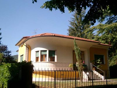 villa with private garden and swimming pool in Barga