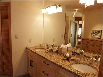 Aspen house rental - New Bathrooms