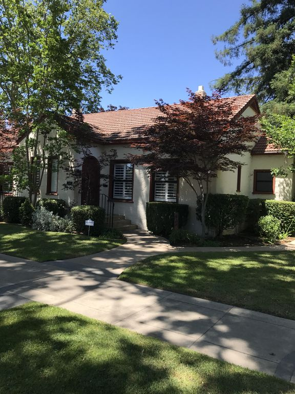 Vintner's Cottage One Block From Historic Downtown Lodi